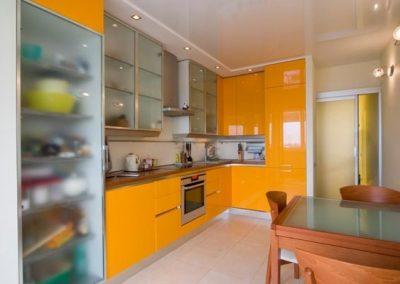 1102. Кухня по поръчка МДФ оранжева гланц