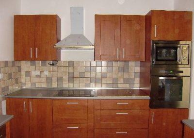 1204. Кухня по поръчка МДФ естествен фурнир цвят калвадос