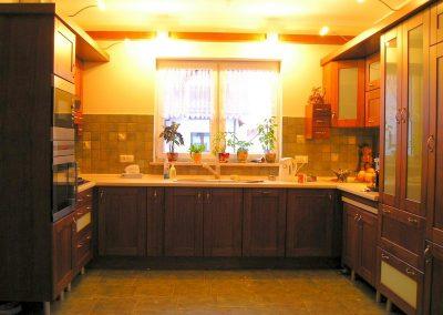 1206. Кухня по поръчка МДФ естествен фурнир цвят калвадос