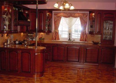 1233. Кухня по поръчка естествен фурнир цвят калвадос
