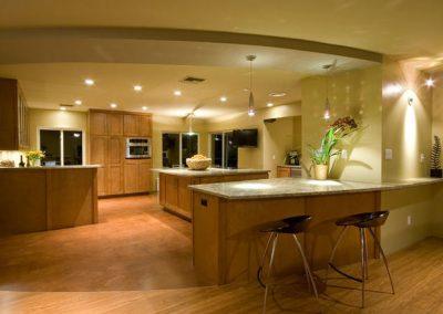 1252. Кухня по поръчка МДФ естествен фурнир дъб