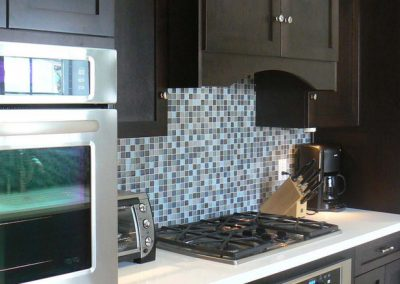 1255. Кухня по поръчка МДФ естествен фурнир цвят венге