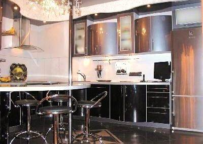 1325. Кухня по поръчка МДФ огъната черно и сива перла гланц