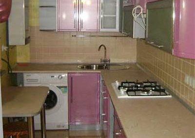 1348. Кухня по поръчка от МДФ огъната светло виолетово гланц