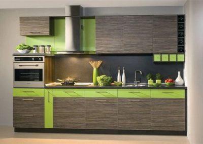 1413. Кухня по поръчка от ПДЧ сребърно сиво дърво и зелено