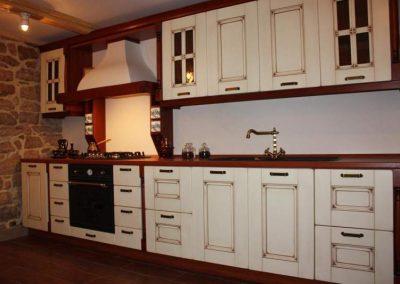 1704. Състарена кухня по поръчка