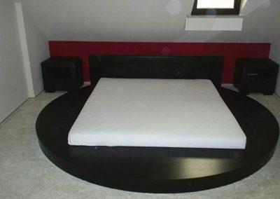 2105. Кръгла спалня по поръчка от МДФ черен мат