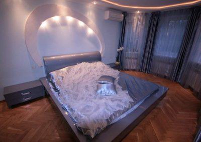 2111. Обзавеждане за спалня по поръчка от МДФ сиво гланц