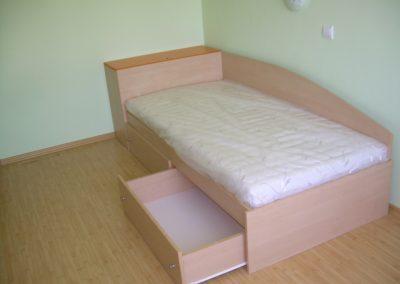 2408. Легло по поръчка за матрак 19090 с чекмеджета от ПДЧ бреза и оранжево