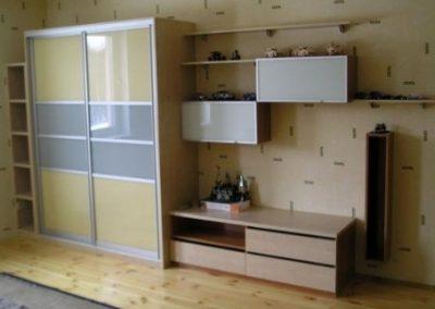 2427. Обзавеждане за детска стая по поръчка от ПДЧ с гардероб с плъзгащи врати с лакобе