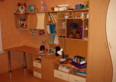 2446. Обзавеждане за детска стая по поръчка ПДЧ бук и бежово