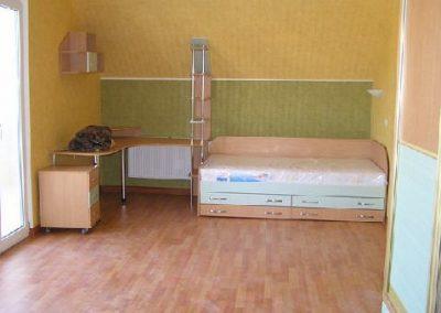 2467. Обзавеждане за детска стая по поръчка от ПДЧ бук и светло зелено