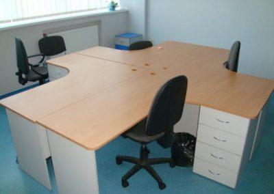 2720. Офис мебели по поръчка ПДЧ бук и сиво