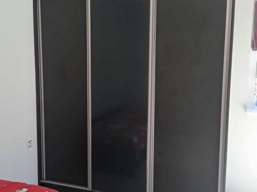 Гардероб и скрин с чекмеджета по поръчка