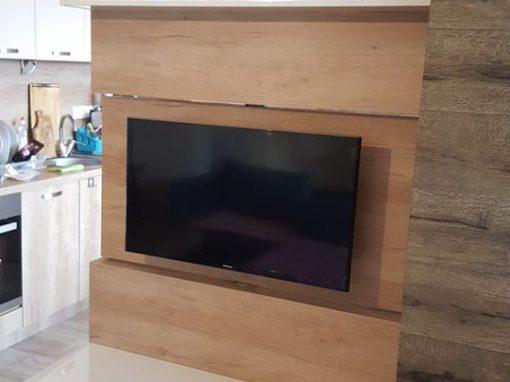 Преградна секция с въртяща се ТВ стойка