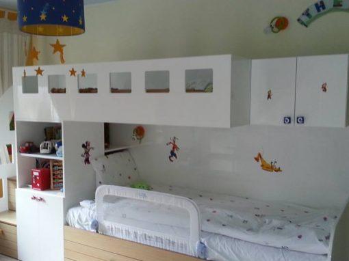 Детска стая с двуетажно легло по поръчка