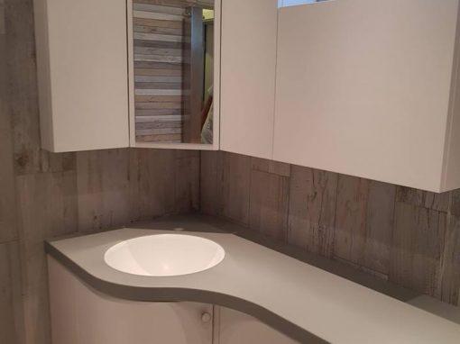 Обзавеждане за баня по поръчка